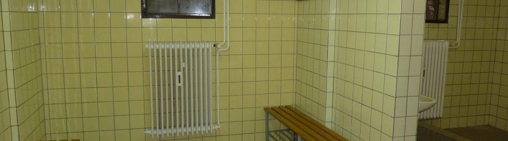 Umbau der Umkleidekabinen / Duschen im Sportheim (Bilder vor Baubeginn)